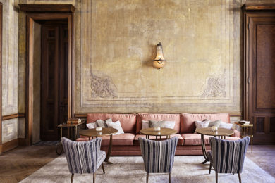 <h3>Soho House</h3>The epitome of great style, Soho House has put itself firmly on the interior design map for its distinctive-yet-changeable approach to design. With 23 houses across the world in total, each private member's club perfectly incorporates the culture of its surroundings whilst retaining that distinct Soho House style.			         			<a href='http://www.sohohouse.com ' target='blank'>www.sohohouse.com </a>